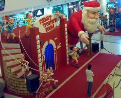 Oberoi Mall during Christmas