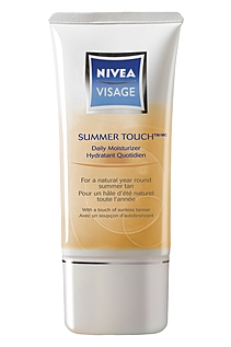 Nivea Visage Summer Touch Daily Moisturizer Reviews, Specification, Best deals, Price and Coupons.